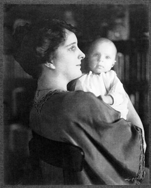 Elsie Stevens with Holly in 1924.