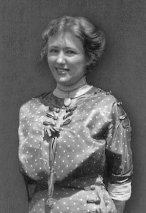 Sybil Gage Weddle, 1909.