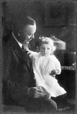 Wallace Stevens with Holly in 1925.