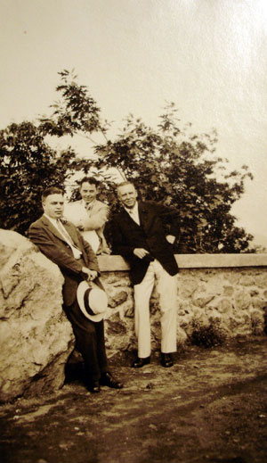 An outing with colleagues. Left to right: Ralph Mulllen, Stevens's assistant, unidentified colleague, Stevens, c. 1929.